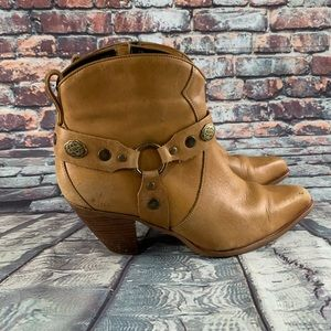 Durango Leather wester ankle boots women's size 10